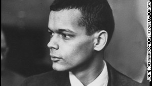 Julian Bond says he knew he was privileged to learn from King, \