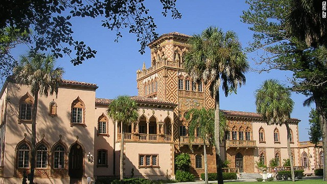 Inspired by Tuscan villas and Venetian palaces, circus tycoon John Ringling and his wife built this 1920s Mediterranean Revival-style dream home. Not exactly a fixer-upper, but does require some maintenance.