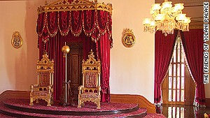 Yes, we\'ve got thrones, too. (\'Iolani Palace)