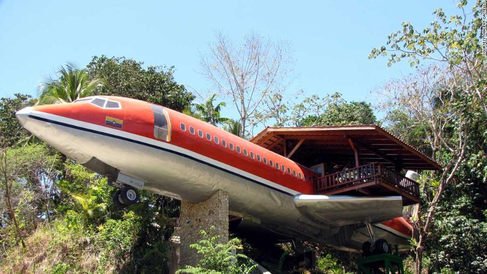 Boeing 727, ahora una habitación en el bosque
