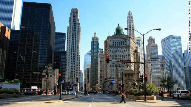 Chicago is home to a number of free art and music festivals on Labor Day weekend.