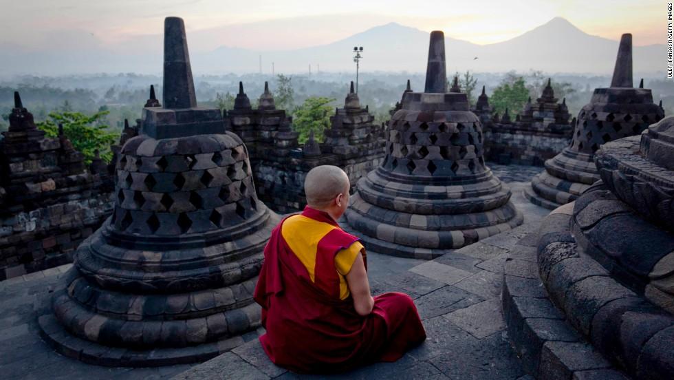 Borobudur al amanecer, Java, Indonesia