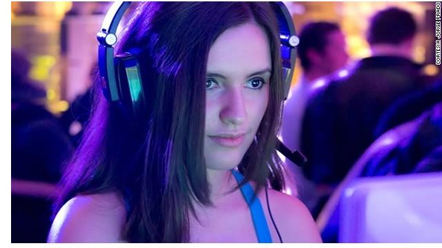 Las mujeres reinventan su papel en la industria de los videojuegos