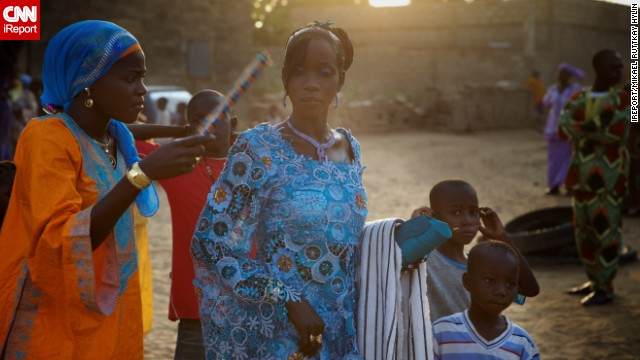 iReporter Mikael Ruttkay Hylin shared this striking photos from his trip to Mbour, Senegal, where he witnessed a traditional Muslim Senegalese wedding.
