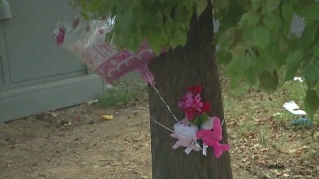 Niña muere al chocar el coche que conducía su hermano de ocho años en Phoenix