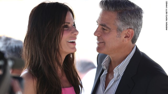 Sandra Bullock squashes Clooney romance rumors