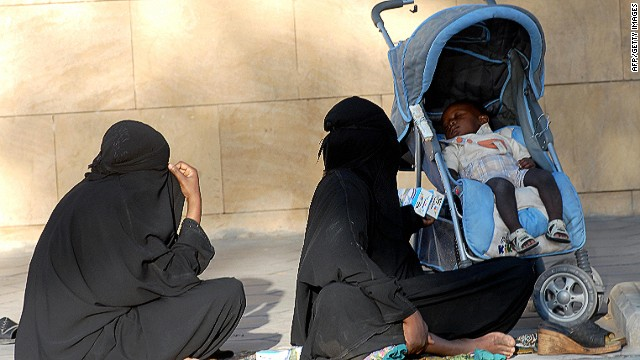 A Twitter campaign highlights poverty in the oil rich country of Saudi Arabia.