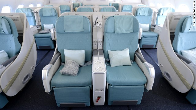 The airline has chosen a roomy seating configuration for the A380. It seats a maximum of 407 passengers -- fewer than any other A380 operator, according to Korean Airlines.