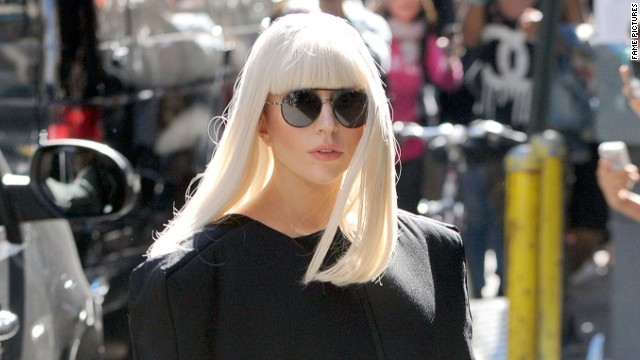 Lady Gaga gets 'Applause' for 'Over the Rainbow' on 'GMA'