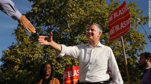De Blasio tops NY mayoral primary; Weiner distant fifth