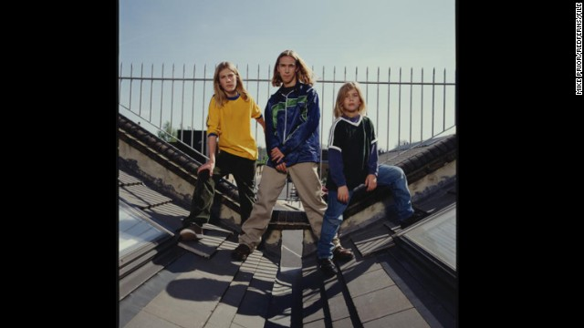 "The three Hanson brothers ""MMMBop""ed their way into pop culture and many a young girl's heart. They may be married dads now, but they haven't forgotten how good the '90s were to them -- <a href='http://marquee.blogs.cnn.com/2011/12/01/hanson-to-release-mmmhop-ipa/?iref=allsearch' target='_blank'>they crafted a beer</a> named after their biggest hit."