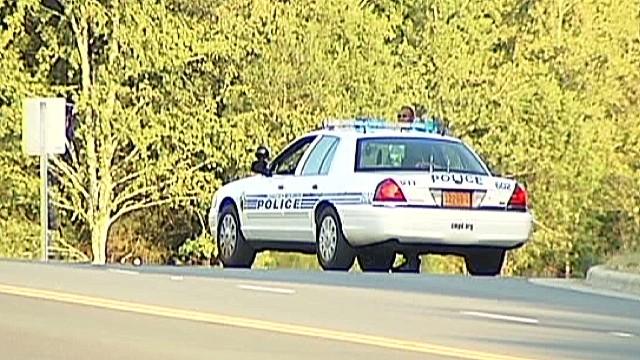 Policía mata a un hombre desarmado que al parecer sólo buscaba ayuda tras accidente