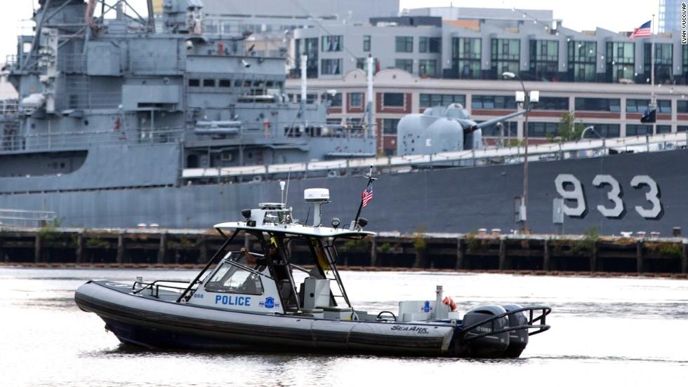 Tiroteo en el comando de la Marina de EE.UU.