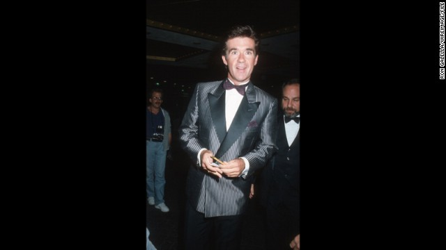 """Growing Pains"" patriarch Alan Thicke donned pinstripes to the 1986 event. Like father like son?"