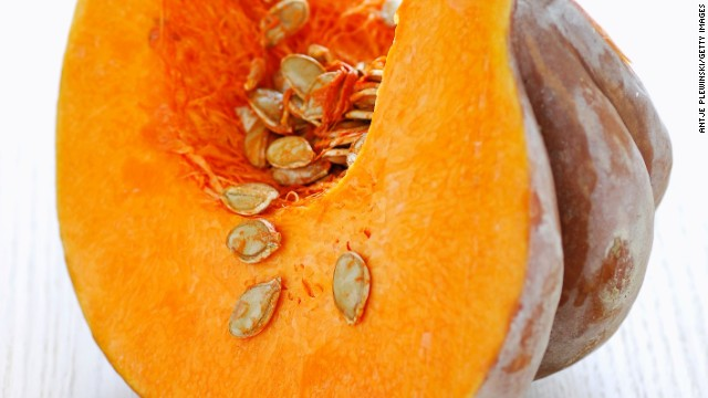 <strong>Pumpkin:</strong> A type of winter squash, pumpkin can be used for much more than jack-o'-lanterns. Its sweet taste and moist texture make it ideal for pies, cakes, and even pudding!<!-- --> </br><!-- --> </br>Health benefits include: <!-- --> </br>• Rich in potassium <!-- --> </br>• More than 20% of your DRI of fiber <!-- --> </br>• Good source of B vitamins <!-- --> </br>Harvest season: October to February