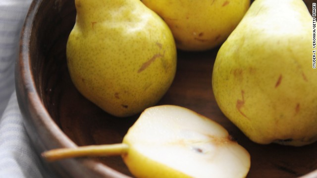 <strong>Pears: </strong>The sweet and juicy taste makes this fruit a crowd-pleaser. Cooking can really bring out their fabulous flavor, so try them baked or poached. <!-- --> </br><!-- --> </br>Health benefits include: <!-- --> </br>• Good source of vitamin C and copper <!-- --> </br>• 4 grams of fiber per serving <!-- --> </br><!-- --> </br> Harvest season: August to February<!-- --> </br><!-- --> </br><a href='http://www.health.com/health/gallery/0,,20307333,00.html' target='_blank'>Health.com: Dr. Oz's favorite healthy foods</a>