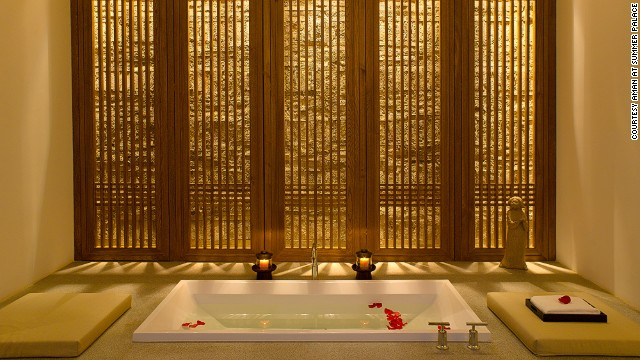 Imperial Chinese intricacies are abundant, including Ming Dynasty-style furniture and a number of private pavilions in the suites.