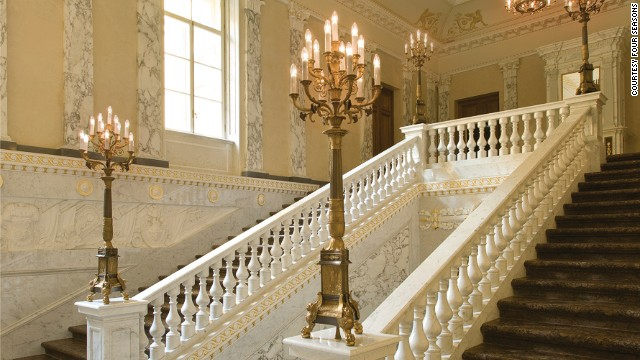 Re-opened just last month, the hotel has regained its palatial status, with its central location and majestic rooms transporting guests back to Tsarist Russia.