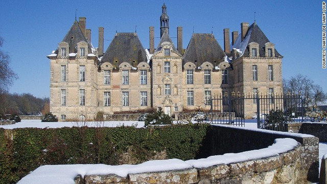 Edward the Black Prince captured the King of France, Jean le Bon, in 1356, imprisoning him in a castle keep in the Loire Valley. Nearly 700 years later and that keep still stands as part of the privately owned Chateau de Saint-Loup hotel.