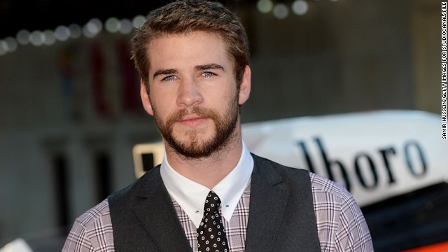 Liam Hemsworth's lip lock, and more news to note