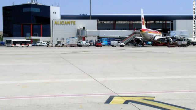Un bebé de 5 meses muere en la cinta de equipaje de un aeropuerto de España