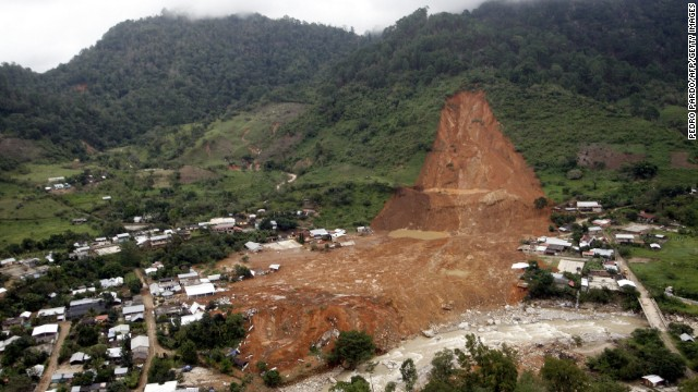 An aerial view shows the extent of a landslide that wiped out part of La Pintada.