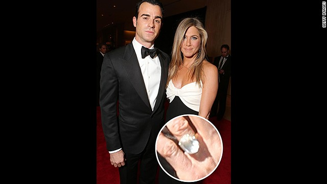 Justin Theroux popped the question to Jennifer Aniston on his 41st birthday with the help of this massive sparkler.<!-- --> </br>