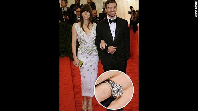Justin Timberlake proposed to longtime girlfriend Jessica Biel with this vintage-inspired six-carat diamond.