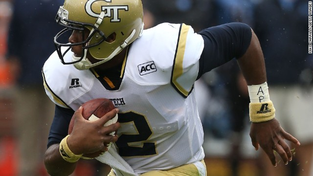 Georgia Tech quarterback Vad Lee scrambles Saturday against North Carolina.