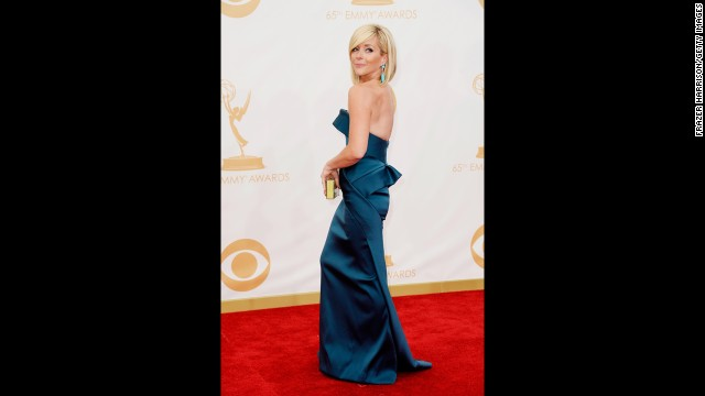 """30 Rock's"" Jane Krakowski complements co-star Fey in a floor-length blue hue."