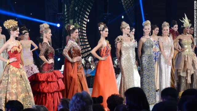 The top 10 Miss World contestants pose during the modeling event at the convention center in Indonesia's resort island of Bali on September 24.The Miss World finals were held Saturday, September 28, after weeks of protests from Muslim hardliners.