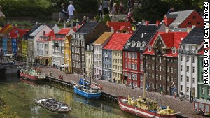 Look familiar? It\'s Copenhagen\'s Nyhavn district again (see top of page), this time as rendered at Legoland Denmark.