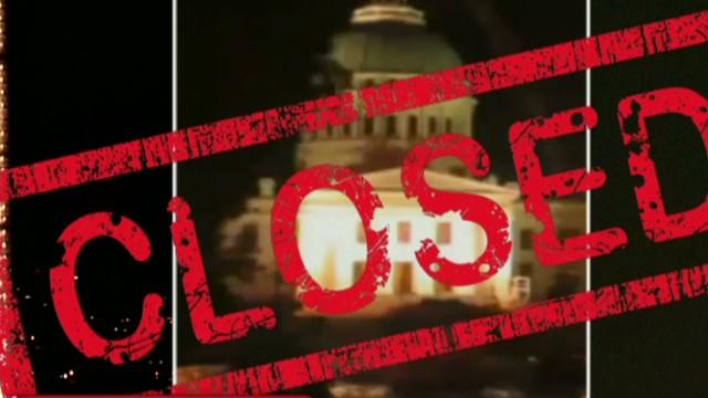 http://i2.cdn.turner.com/cnn/dam/assets/131001002341-pmt-midnight-government-shutdown-00003210-story-top.jpg