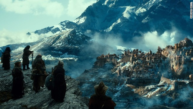 'The Hobbit: The Desolation of Smaug' scorches 'Anchorman 2' opening