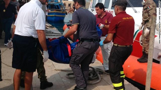 Italia de luto por la muerte de al menos 110 inmigrantes en naufragio
