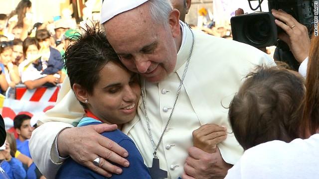 Francisco, un papa que nos enseña tolerancia y nos inspira a hacer el bien