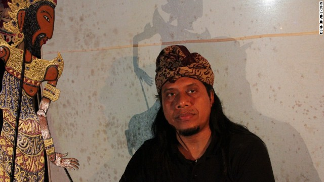 "Made Sidia is a Balinese ""dalang"" or master of shadow puppetry, known as wayang kulit. He is a fourth generation puppeteer whose young son is learning to be a performer."