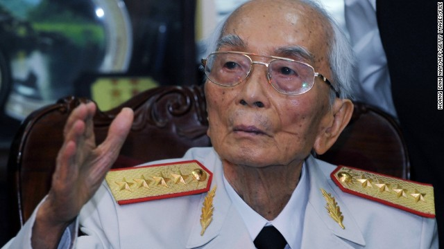 Vietnam's legendary general Vo Nguyen Giap pictured at his home in Hanoi on July 10, 2008.