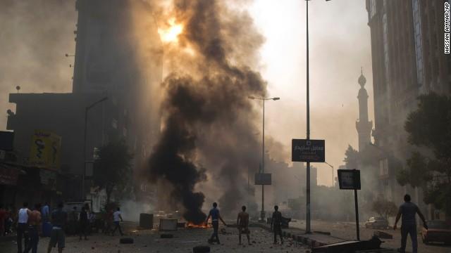 28 personas mueren y 94 resultan heridas en enfrentamientos en Egipto