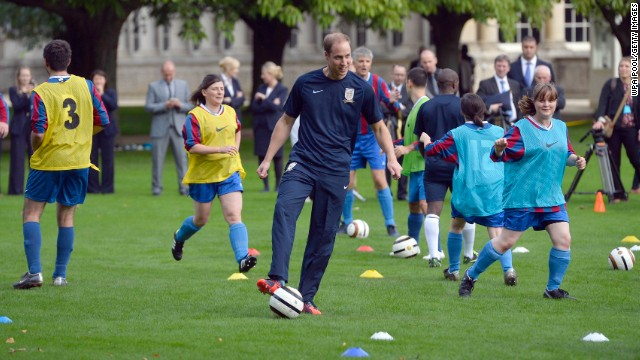Prince William hosts Buckingham Palace football match