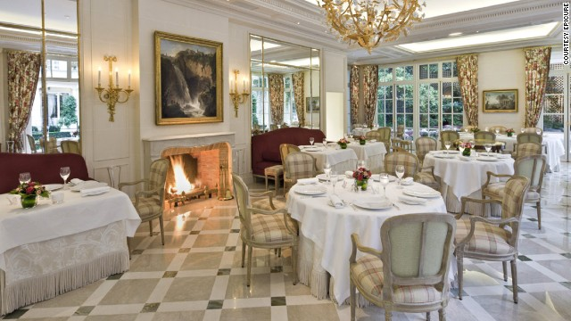 strong9./strong a href='http://www.lebristolparis.com/eng/restaurants-and-bars/epicure/' target='_blank'Epicure at Le Bristol/a (Paris)