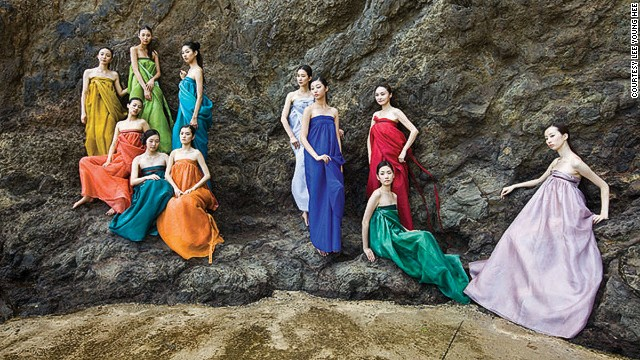 In 2011, Lee Young Hee held a much-publicized fashion show of her modern take on hanbok on Dokdo, the island at the center of a territorial dispute between South Korea and Japan.