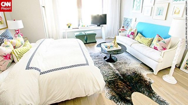 <a href='http://ireport.cnn.com/docs/DOC-1040778'>Jana Bek's</a> petite New York apartment is centered around a <a href='http://janabek.com/' target='_blank'>brown spotted-hide rug</a>.