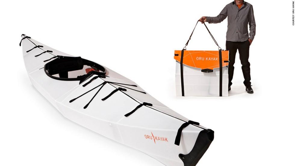 Un kayak en una caja