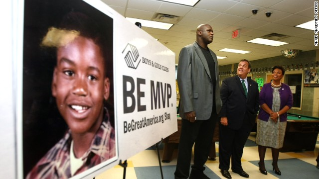 Photo: Christie, Shaq meet again