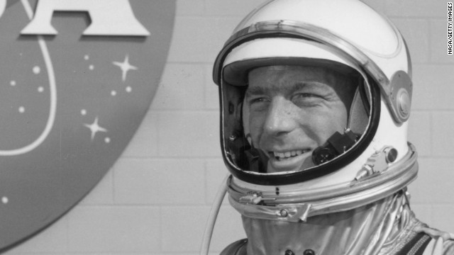 Astronaut a href='http://life.time.com/history/scott-carpenter-rare-and-classic-photos-of-a-nasa-legend/#1' target='_blank'Scott Carpenter/a, the second American to circuit Earth, died on Oct 10, NASA said. He was 88.