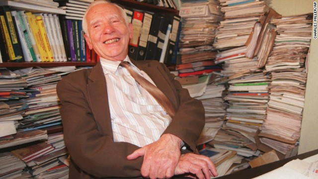 Joseph Rotblat sits in his London office on October 13, 1995. Rotblat and the Pugwash Conferences on Science and World Affairs won the Nobel Peace Prize in 1995.