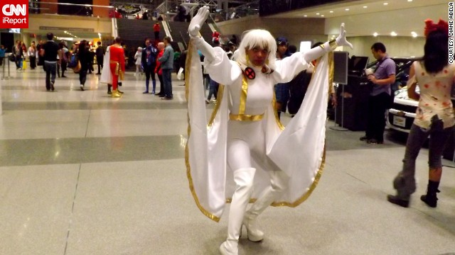 "This fan really captured the look of ""X-Men's"" <a href='http://ireport.cnn.com/docs/DOC-1047912'>Storm</a>, showing off some of her powers."