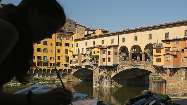 Sunset over the medieval arch bridge Ponte Vecchio in Florence rarely disappoints visiting lovebirds. If you're planning a visit, this list of <a href='http://edition.cnn.com/2013/08/05/travel/10-things-italy-does-better/index.html'>things Italy does best</a> will help you prepare.