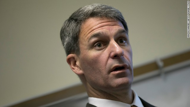 Conservative Republicans can take a lesson from the extremist -- and failing -- candidacy of Ken Cuccinelli, John Avlon says.